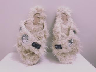 Чехли Fluffy white